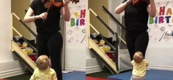 La réaction de cet adorable bébé écoutant un morceau de violon va sérieusement vous faire réchauffer le cœur