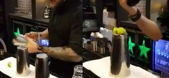 Le fascinant tour de magie exécuté par ce barman vous fera croire qu'il est en réalité un sorcier