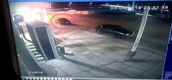 Découvrez comment la voiture de cet homme a mystérieusement disparu au bout quelques secondes