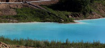 Russie : un lac toxique en Sibérie devient une sensation de selfie