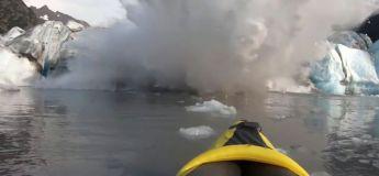 Les kayakistes ont vécu la peur de leur vie lors d'un effondrement d'un glacier au large de l'Alaska