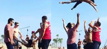 Ce groupe d'amis impressionne le public présent avec leurs incroyables mouvements acrobatiques