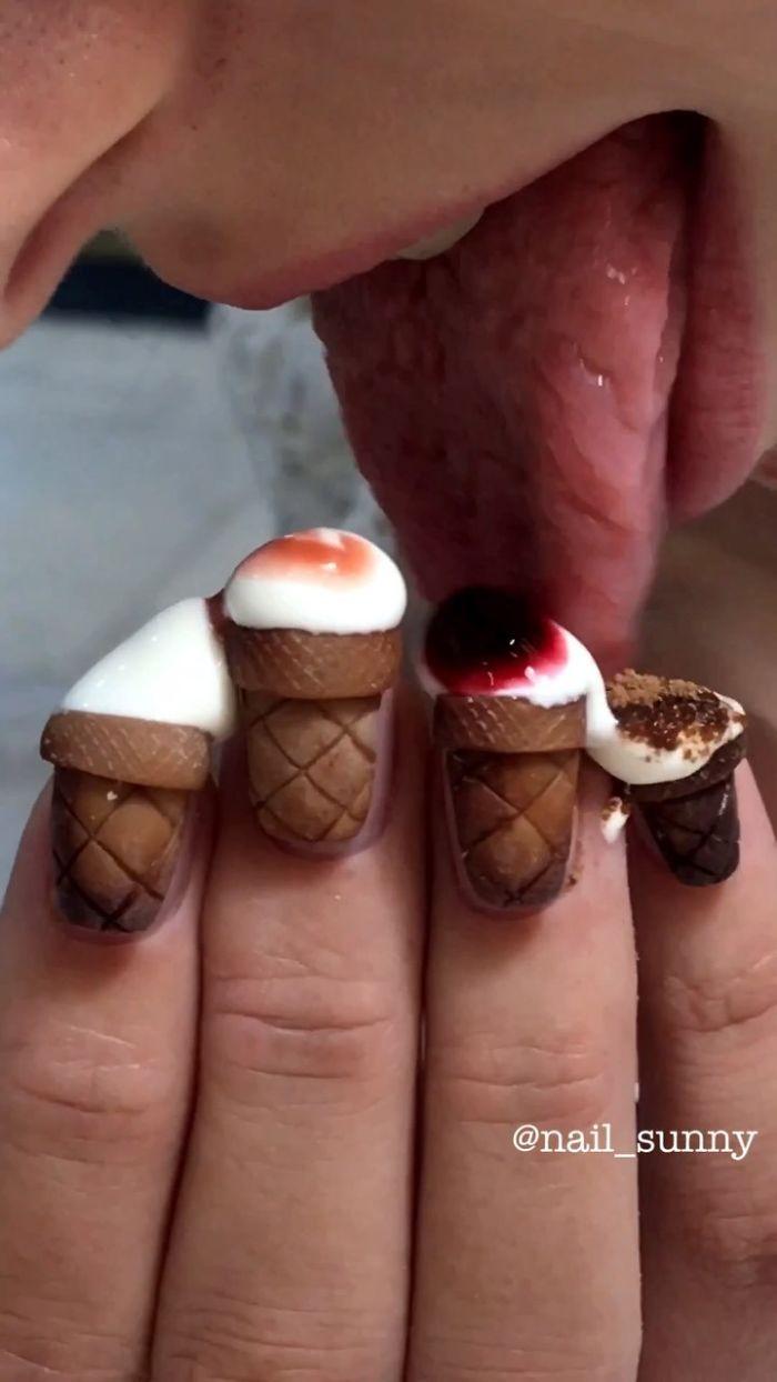 Un salon de manucure russe créé des ongles vraiment bizarres