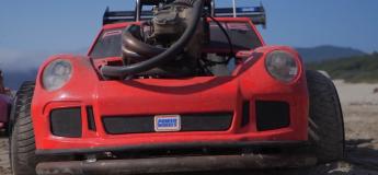 Cette petite Porsche 911 est dotée d'un vrai moteur de 51 chevaux !