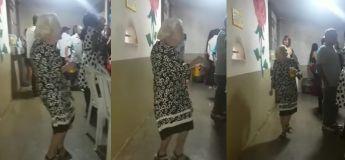 Cette vieille dame sait comment pleinement profiter de sa soirée