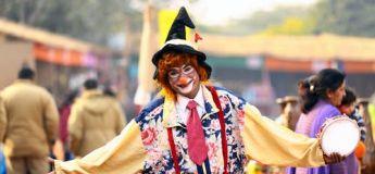 Un Néo-zélandais vient avec un clown à son entretien de licenciement