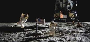Il a recréé des photos de la mission Apollo 11 avec ses Lego