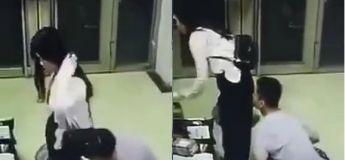 Les fantasmes chelous : Renifler les fesses d'une femme