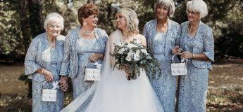 Un couple a décidé de choisir des grands-mères comme porteuses de pétales pour leur mariage