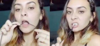 Elle arrive à faire un nœud en utilisant seulement sa langue, c'est impressionnant !