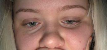 Une jeune femme devient affreuse après que son petit ami a coupé sa frange