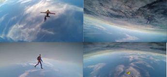 Ces deux parachutistes jouent avec une balle de tennis à des milliers de mètres au-dessus de la Terre