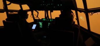 Opération d'assistance en Australie : un vol à haut risque au milieu des flammes réalisé par l'équipe de la RAAF (vidéo)