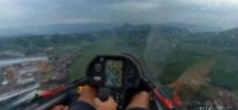 Cet atterrissage sous la pluie d'un planeur est vraiment spectaculaire