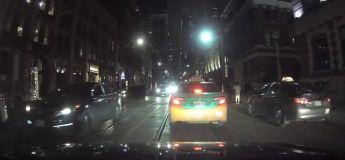 Canada : un mauvais conducteur bascule sur l'autre côté et crée le chaos