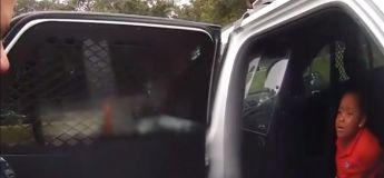 La vidéo choquante d'une fille de 6 ans arrêtée dans son école et priant pour ne pas être menottée