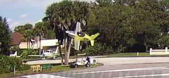 Floride : un avion expérimental s'écrase à l'atterrissage et a failli heurter un spectateur