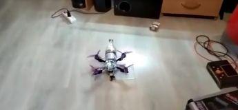 Le Drone-vertising, un moyen très pratique pour apporter l'apéro en Russie durant le confinement