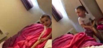 Cet enfant a cru trouvé un serpent dans le lit de ses parents, et pourtant c'était autre chose !