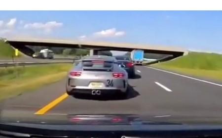 Cette Porsche peut féliciter son conducteur de lui avoir sauvé le derrière