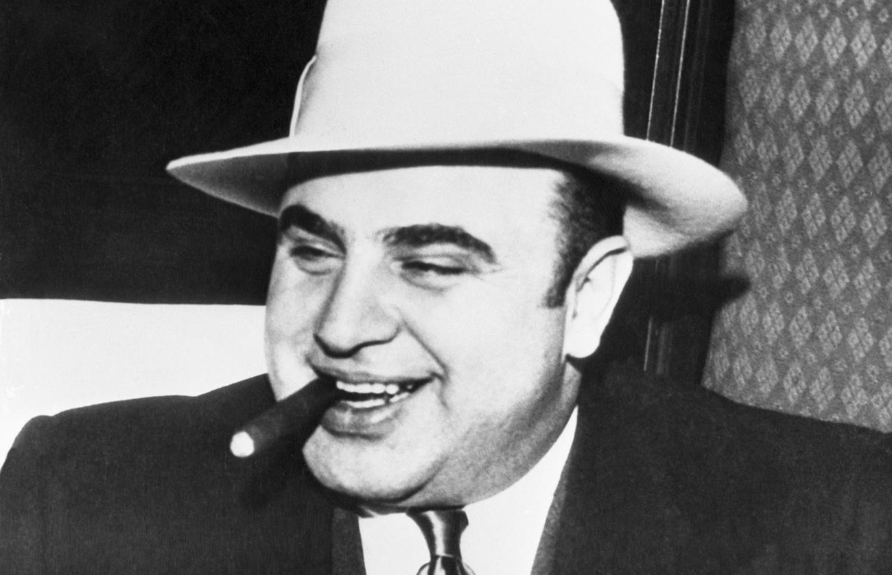 Retour sur la vie d'Al Capone, célèbre gangster le plus redouté de l'Amérique du XXe siècle