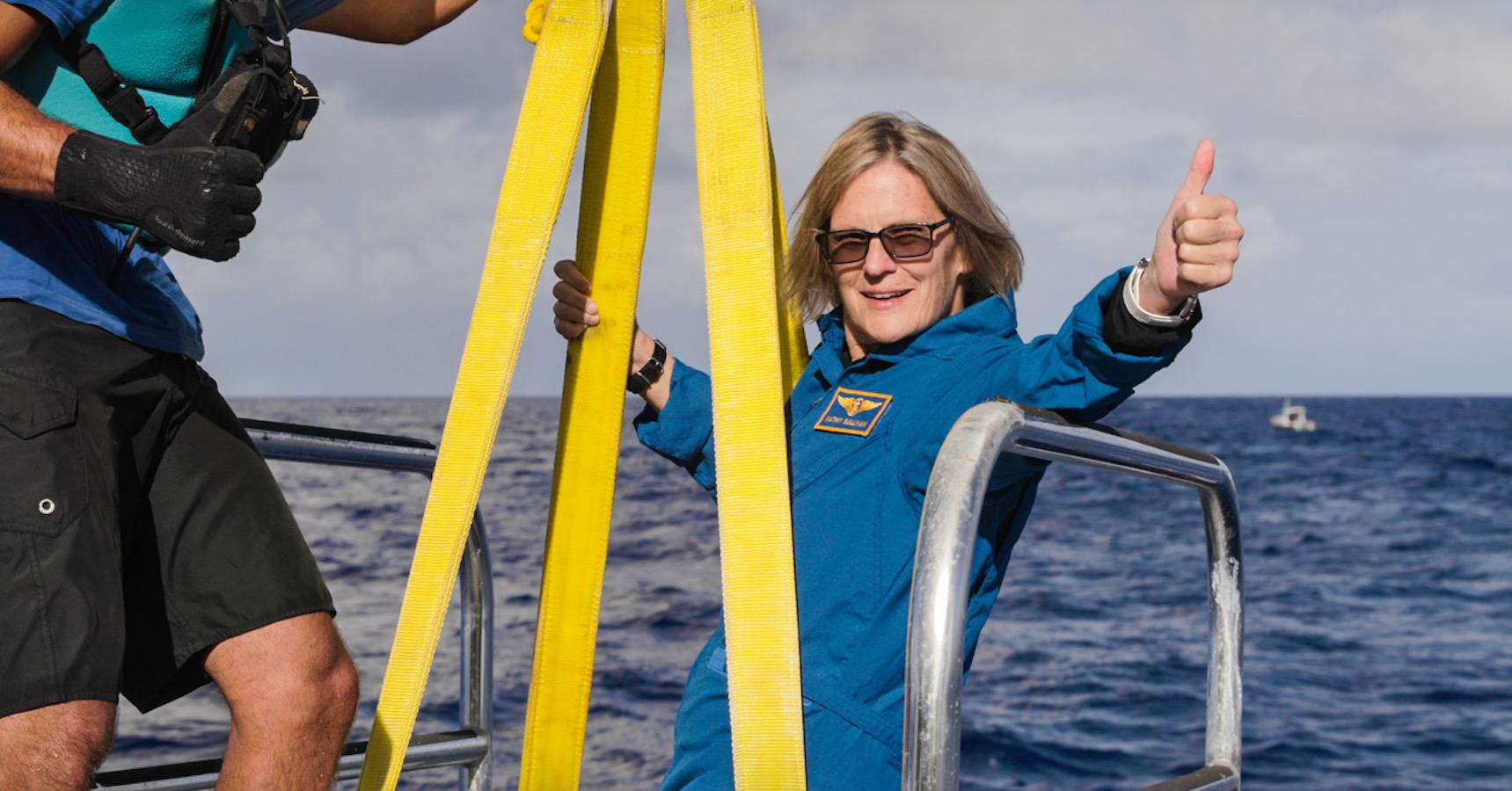 L'ancienne astronaute Kathy Sullivan atteint le point le plus profond de la terre (en plus d'avoir été dans l'Espace)