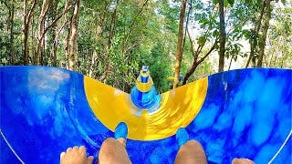 Le record du plus long toboggan aquatique du monde fait plus de 1,1 km et il se trouve en Malaisie