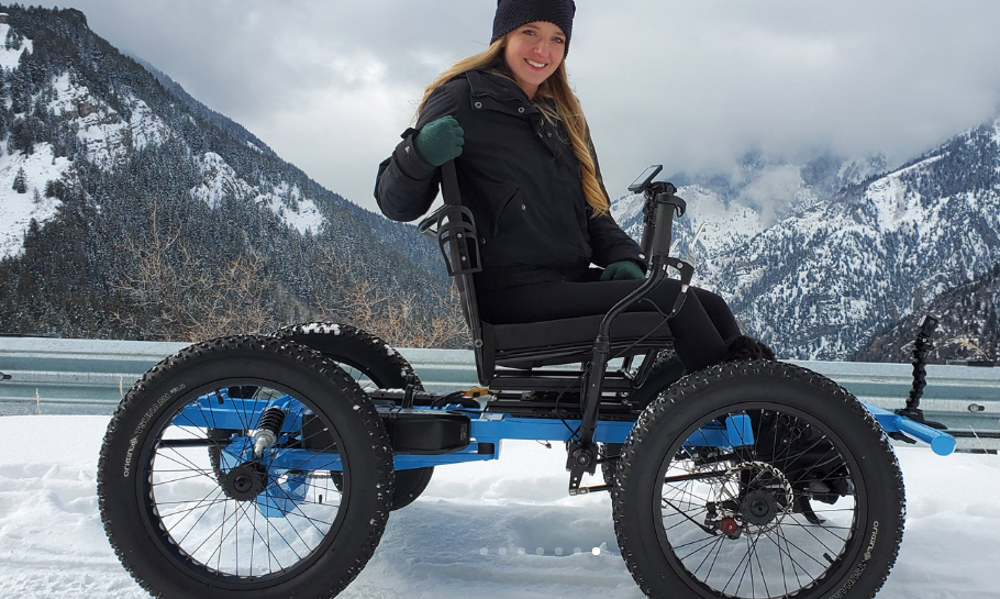 Un homme décide de commercialiser un fauteuil roulant électrique tout-terrain qu'il avait conçu pour sa femme