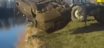 Cette voiture repêchée a permis une très belle prise, vous n'allez pas en croire la vidéo