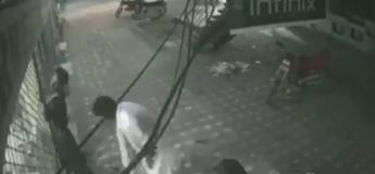 Cet homme sauve son employé électrocuté sur la grille de son magasin avec une technique originale