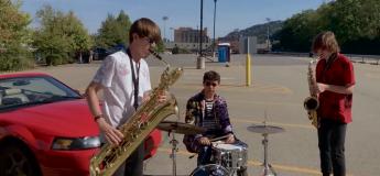 Ce groupe de Pittsburgh transforme l'alarme d'une voiture en une musique jazzy exceptionnelle
