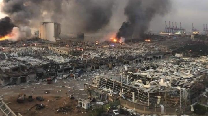 Massive explosion à Beyrouth au Liban, plusieurs quartiers rasés par le souffle de la détonation