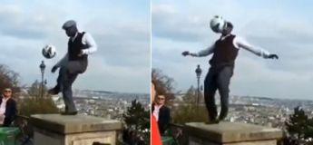 L'artiste Iya Traoré éblouit les passants avec son talent de jongleur de foot