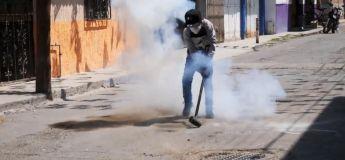 Un festival de marteaux explosifs se déroule chaque année dans une ville du Mexique et c'est très spécial