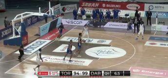 Basket : il veut dunker pour la dernière possession mais se rompt les ligaments croisés du genou