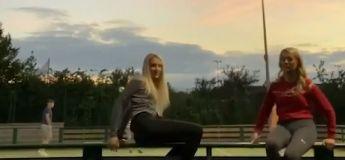 A faire la belle sur la balustrade, on en tombe bêtement !