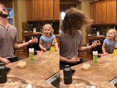 Cette petite fille à peine âgée de 3 ans chante du death metal
