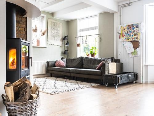 Poêle à bois, une solution économique et écologique pour réchauffer sa maison