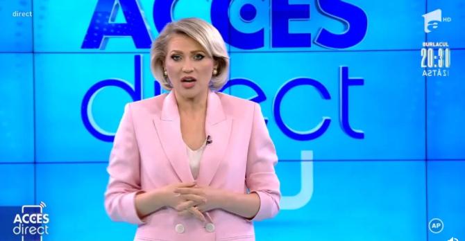 une femme nue lance une pierre sur une présentatrice de télévision en pleine émission en direct