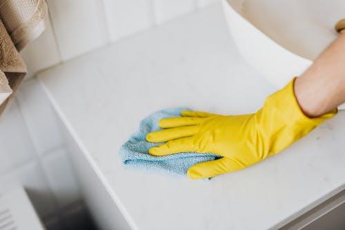 Le vinaigre blanc : un produit incontournable pour l'entretien d'une maison