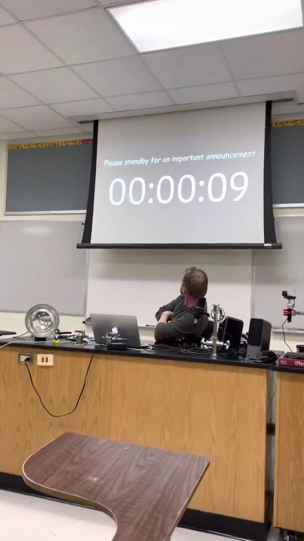 Un lycéen a hacké l'école en piratant un système IoT pour un rickroll d'anthologie